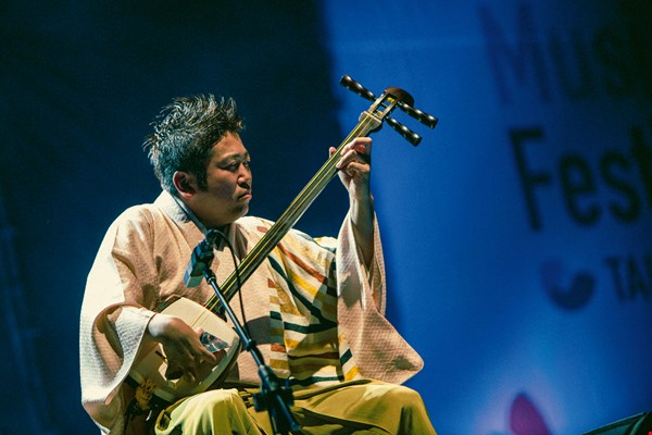 Each different ethnic group or community on earth has its distinctive language and accent, giving rise to its own rhythms and beats. Here we see a shamisen performance by the Yoshida Brothers of Hokkaido, Japan.