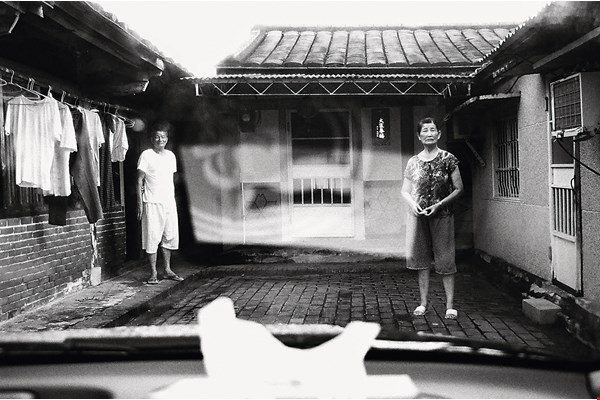 Sugar Mill No. 5, by Chang Shih-fei.  Tainan-born Chang uses images to record his memories of his hometown.  (courtesy of TiFF)