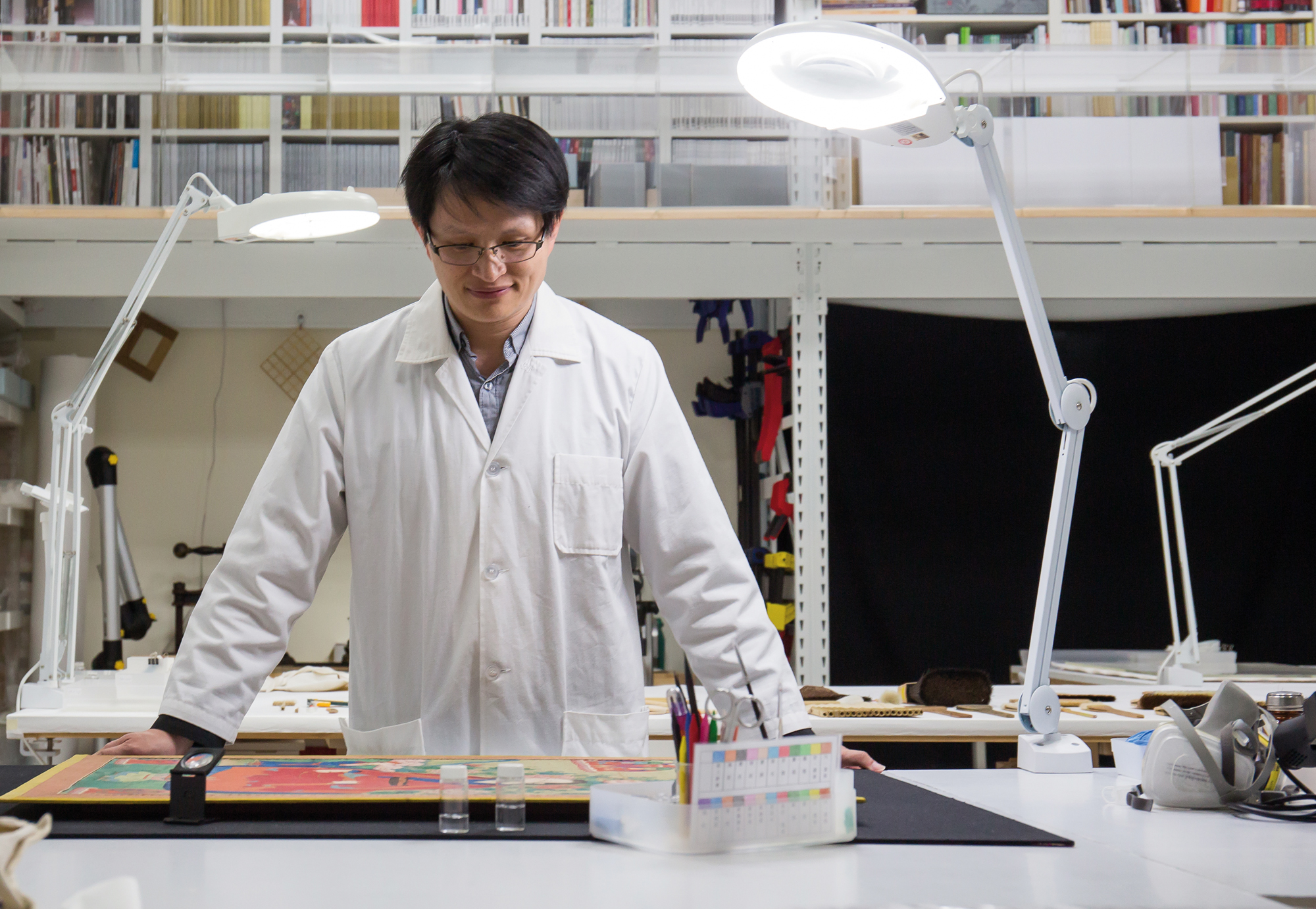 Fan Ting-fu, an oriental art conservator. (photo by Lin Min-hsuan)