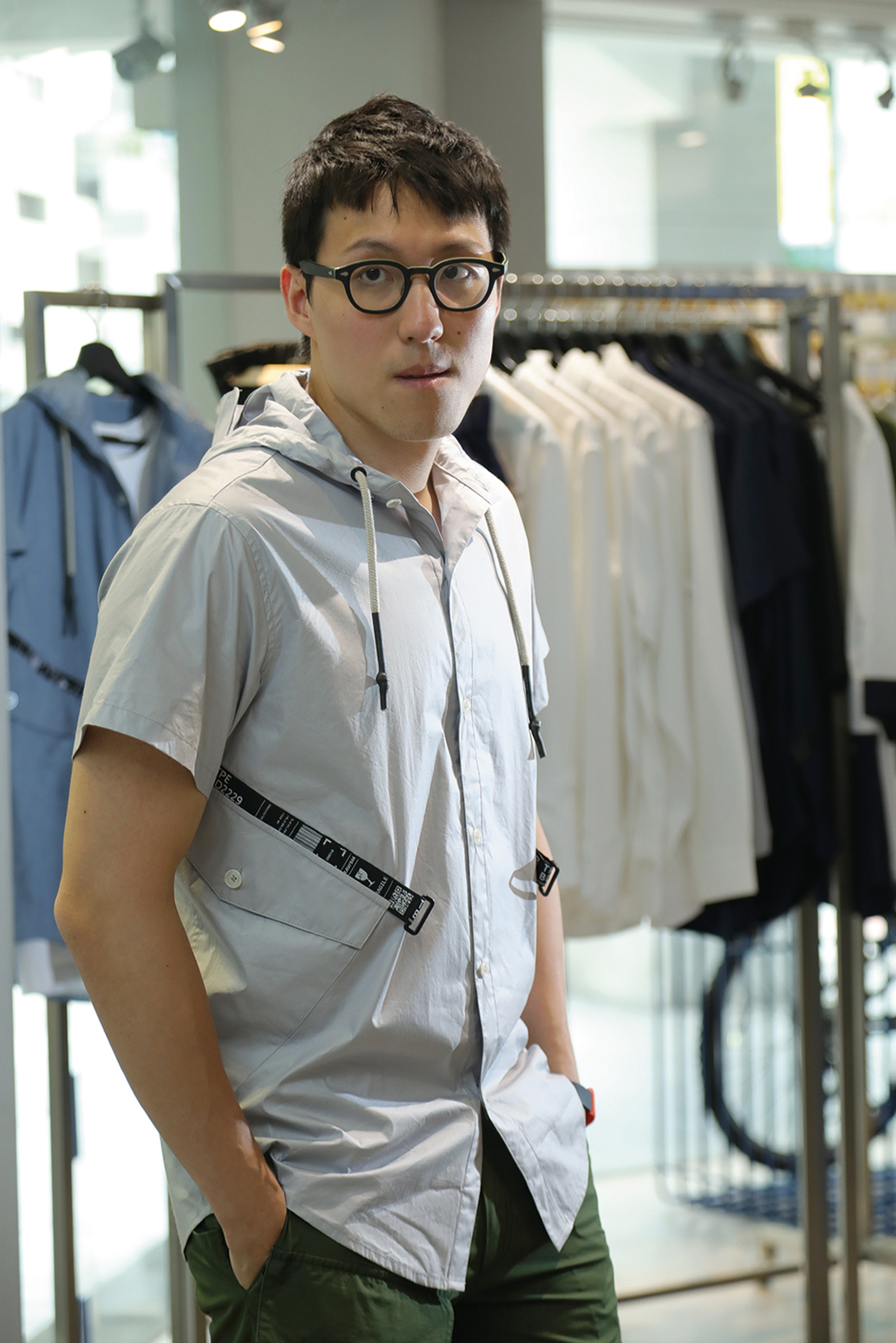 Tony Chen, from the third generation of the owners of the HerMin Textile Company, pro-actively works with up- and downstream firms as he seeks to transform his company.