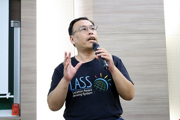 Hsu Wuulong founded the online LASS community in the belief that the open-source ethos fosters social progress. (courtesy of LASS)