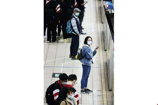 Taiwan's epidemic prevention preparations and rapid response have enabled a prudent and vigilant public to continue living normal lives.
