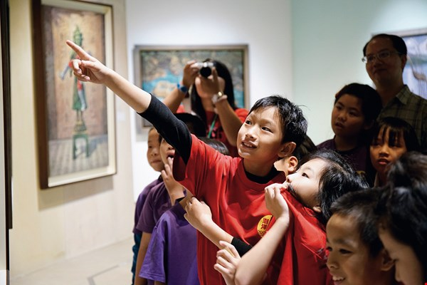 By introducing schoolchildren to art, the museum is sowing seeds that one day will grow into magnificent trees. (courtesy of Yu-Hsiu Museum of Art)